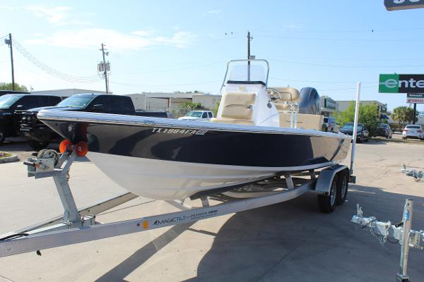 2018 Sportsman Boats boat for sale, model of the boat is Tournament 214 Bay Boat & Image # 3 of 15