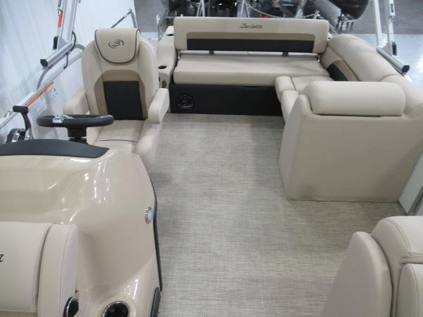 2021 Barletta boat for sale, model of the boat is C22U & Image # 5 of 20