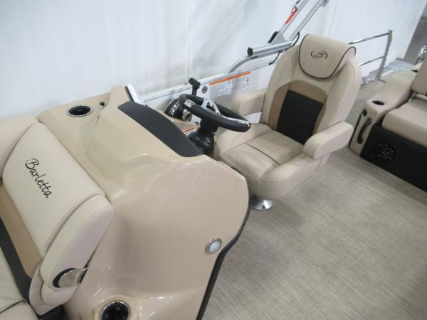 2021 Barletta boat for sale, model of the boat is C22U & Image # 6 of 20