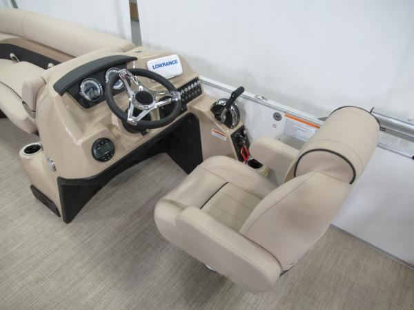 2021 Barletta boat for sale, model of the boat is C22U & Image # 7 of 20