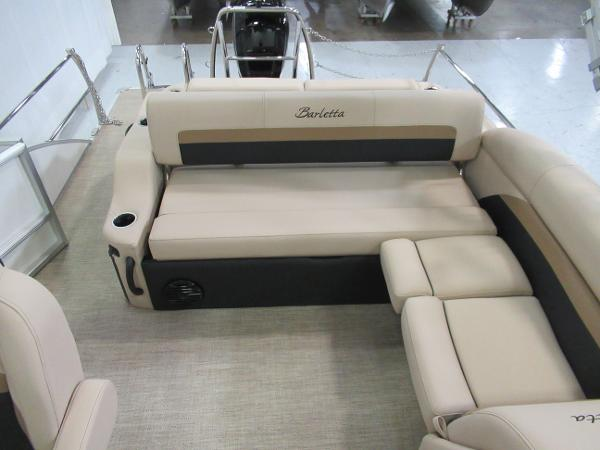 2021 Barletta boat for sale, model of the boat is C22U & Image # 11 of 20