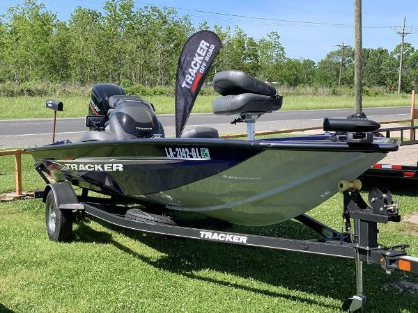 2020 Tracker Boats boat for sale, model of the boat is PT175TF & Image # 2 of 8