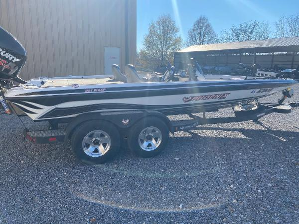 2013 PHOENIX 921 PROXP for sale
