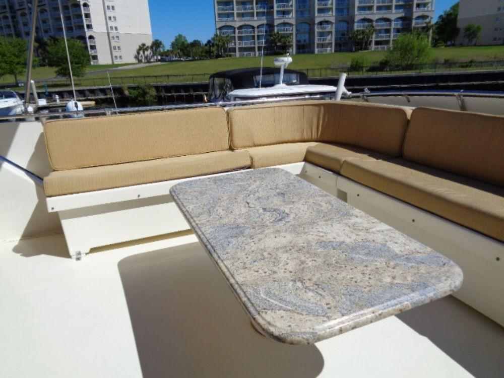 Hatteras 61 Motor Yacht - Bridge Table and Seating