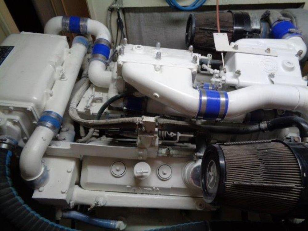 Hatteras 61 Motor Yacht - Port Engine Room