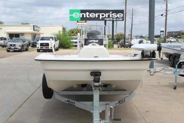 2021 Mako boat for sale, model of the boat is 17 Pro Skiff & Image # 2 of 10