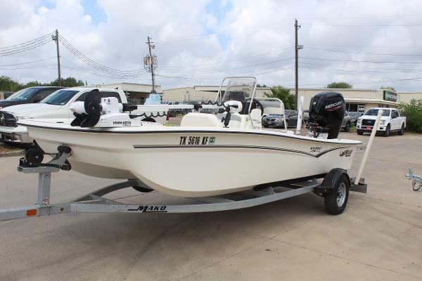 2021 Mako boat for sale, model of the boat is 17 Pro Skiff & Image # 3 of 10