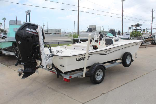 2021 Mako boat for sale, model of the boat is 17 Pro Skiff & Image # 5 of 10