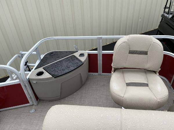 2021 Sun Tracker boat for sale, model of the boat is FB 20 DLX - NWW & Image # 5 of 10