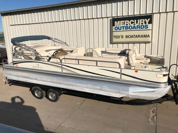 2003 Bennington boat for sale, model of the boat is 2575 RSF & Image # 4 of 29