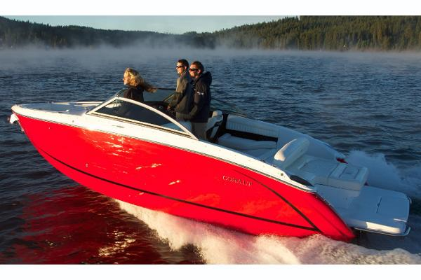 2018 Cobalt boat for sale, model of the boat is R5 & Image # 18 of 26