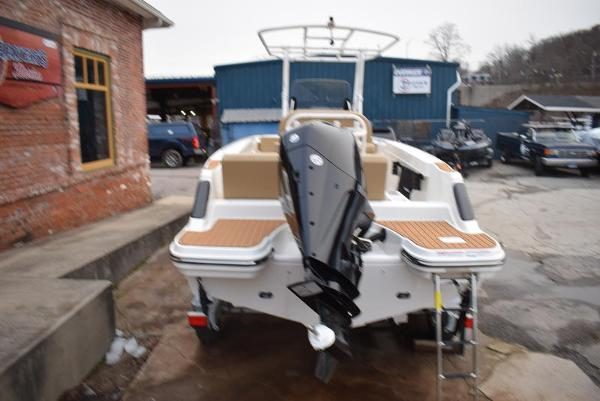 2021 Bayliner boat for sale, model of the boat is T22CX & Image # 4 of 15