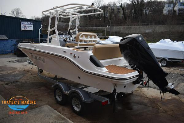 2021 Bayliner boat for sale, model of the boat is T22CX & Image # 14 of 15