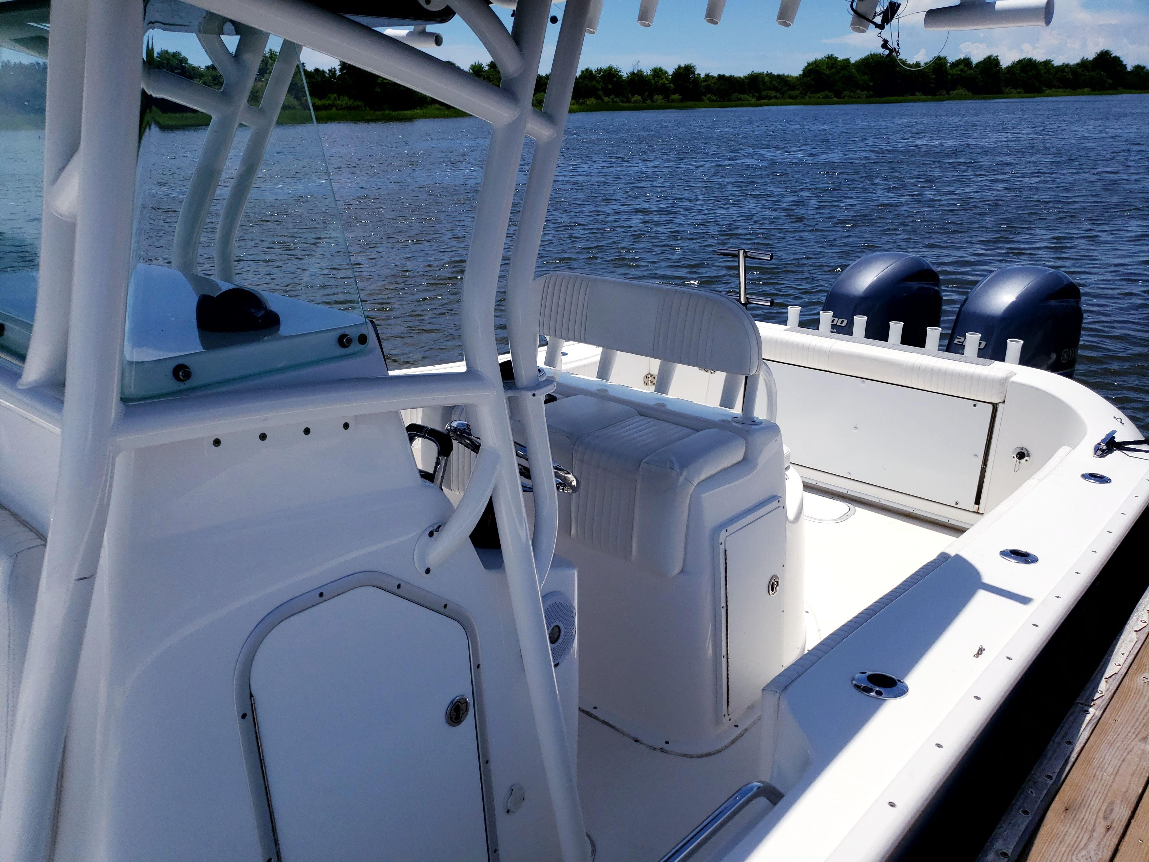 NC 5831 EE Knot 10 Yacht Sales