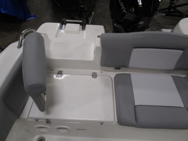 2021 Nautic Star boat for sale, model of the boat is 2302 Legacy & Image # 10 of 33