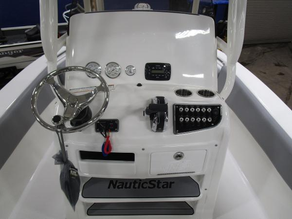 2021 Nautic Star boat for sale, model of the boat is 2302 Legacy & Image # 18 of 33