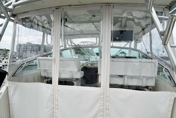 1991 Boston Whaler boat for sale, model of the boat is 31' & Image # 5 of 26