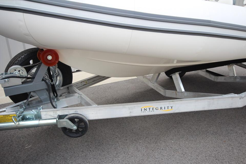 2022 Zodiac Yachtline 440 Deluxe NEO GL Edition 60hp On Order, Image 8