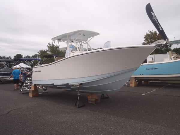 2021 Sea Born SX239 Offshore