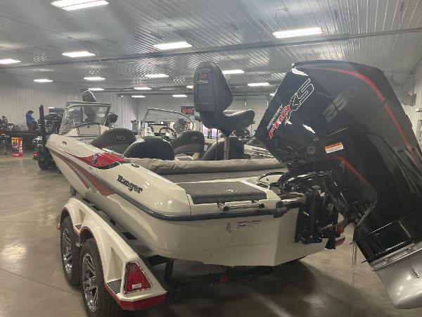 2021 Ranger Boats boat for sale, model of the boat is 212LS & Image # 3 of 8