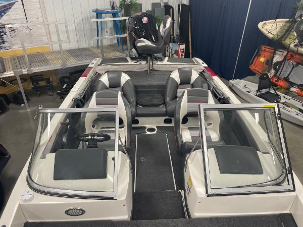 2021 Ranger Boats boat for sale, model of the boat is 212LS & Image # 4 of 8