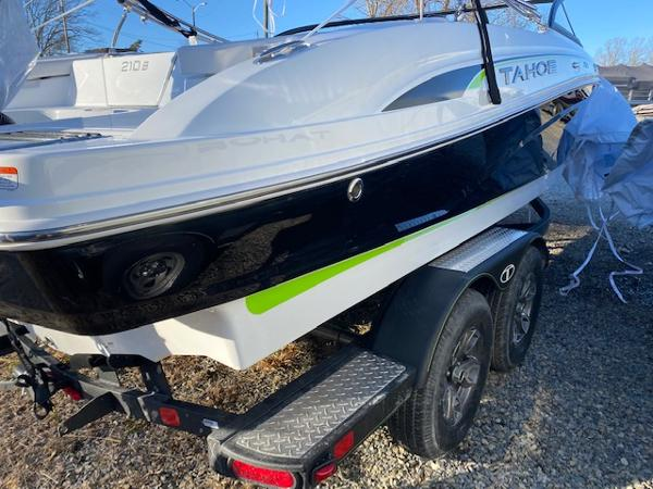 2021 Tahoe boat for sale, model of the boat is 210 S & Image # 101 of 102