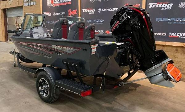 2021 Ranger Boats boat for sale, model of the boat is VS1682 DC & Image # 8 of 12