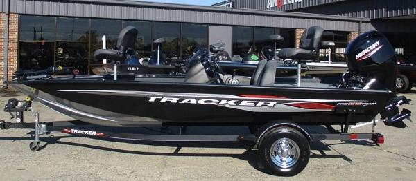 2021 Tracker Boats boat for sale, model of the boat is Pro Team 175 TXW® & Image # 1 of 8