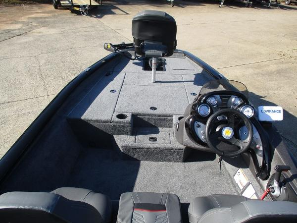 2021 Tracker Boats boat for sale, model of the boat is Pro Team 175 TXW® & Image # 6 of 8