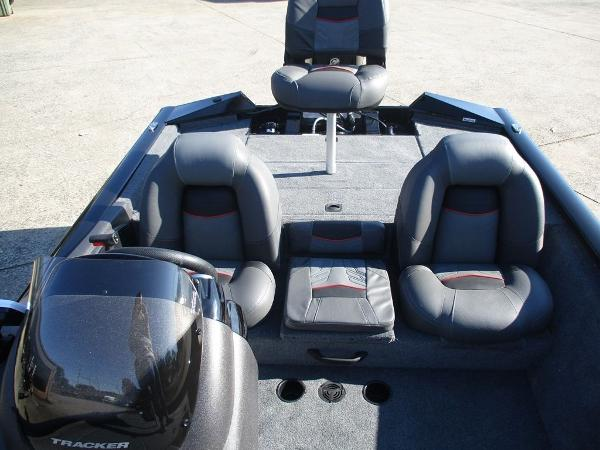 2021 Tracker Boats boat for sale, model of the boat is Pro Team 175 TXW® & Image # 7 of 8