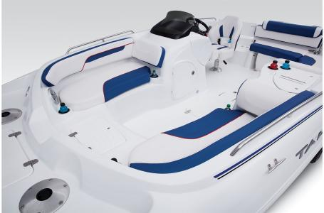 2021 Tahoe boat for sale, model of the boat is 215 Xi & Image # 20 of 36