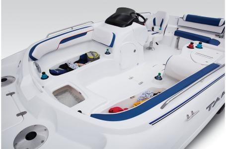 2021 Tahoe boat for sale, model of the boat is 215 Xi & Image # 5 of 36
