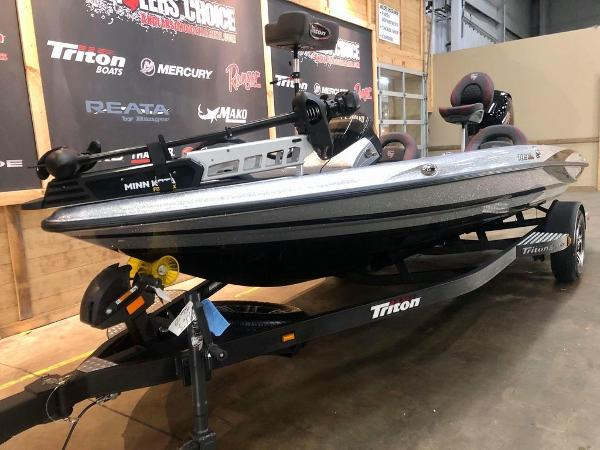 2021 Triton boat for sale, model of the boat is 189 TRX & Image # 2 of 18