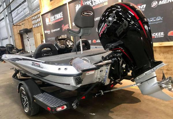 2021 Triton boat for sale, model of the boat is 189 TRX & Image # 4 of 18
