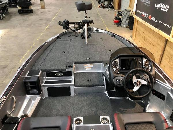2021 Triton boat for sale, model of the boat is 189 TRX & Image # 6 of 18