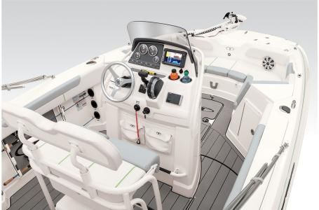 2021 Tahoe boat for sale, model of the boat is 2150cc & Image # 8 of 44