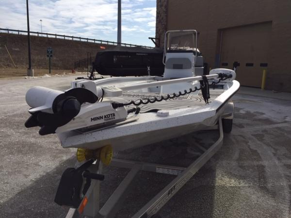 2020 Alumaweld boat for sale, model of the boat is Xpress H24B & Image # 9 of 9