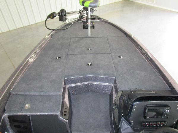 2021 Skeeter boat for sale, model of the boat is ZX150 & Image # 33 of 39