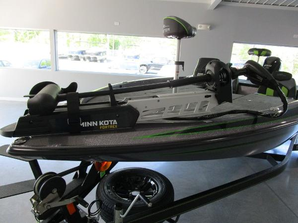 2021 Skeeter boat for sale, model of the boat is ZX150 & Image # 34 of 39