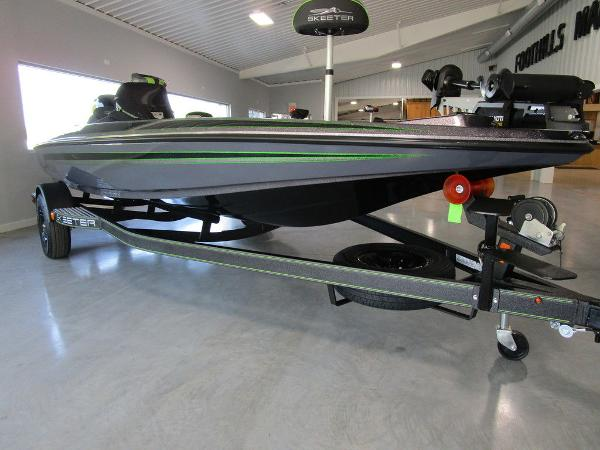 2021 Skeeter boat for sale, model of the boat is ZX150 & Image # 37 of 39
