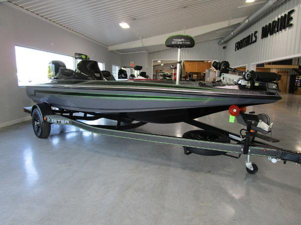 2021 Skeeter boat for sale, model of the boat is ZX150 & Image # 2 of 39