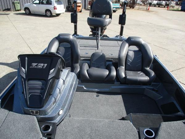 2021 Nitro boat for sale, model of the boat is Z21 Pro & Image # 3 of 8