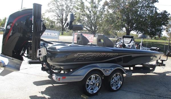 2021 Nitro boat for sale, model of the boat is Z21 Pro & Image # 6 of 8