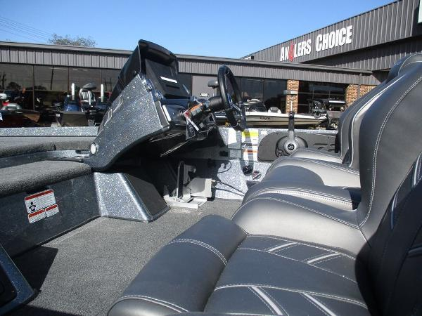 2021 Nitro boat for sale, model of the boat is Z21 Pro & Image # 7 of 8