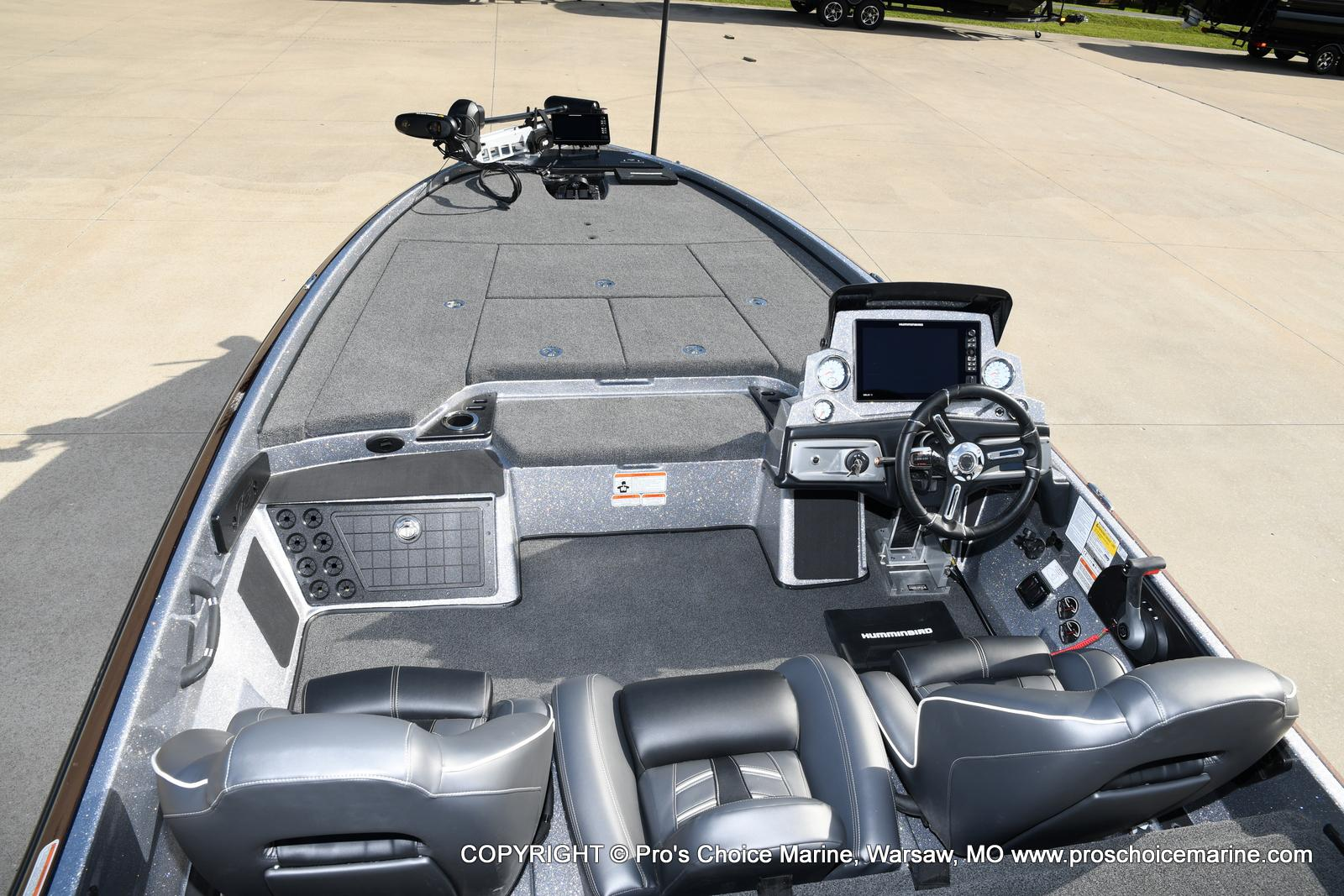 2021 Nitro boat for sale, model of the boat is Z21 Pro Package & Image # 33 of 50
