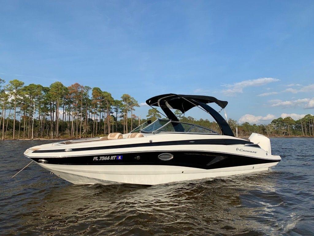2019 CROWNLINE E 275 XS