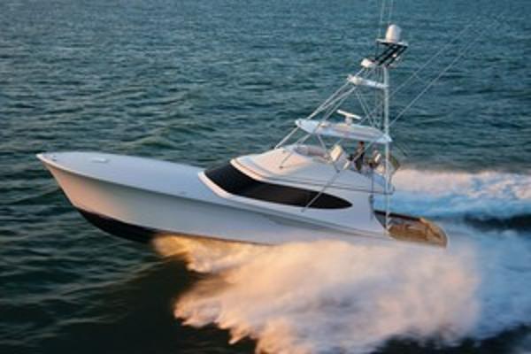 2021 HATTERAS GT65 Carolina Series