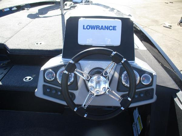 2021 Ranger Boats boat for sale, model of the boat is Z185 & Image # 4 of 8
