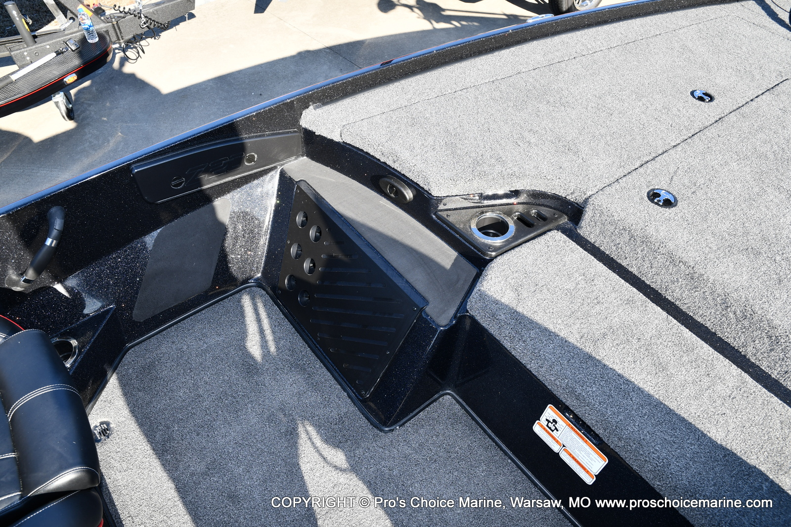 2021 Nitro boat for sale, model of the boat is Z20 PRO PACKAGE & Image # 10 of 50