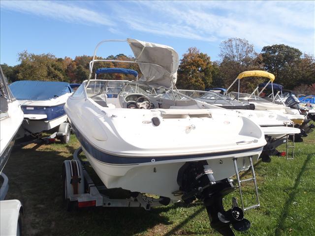 1999 Bayliner boat for sale, model of the boat is 1800LS & Image # 3 of 12